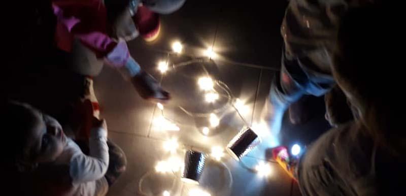 Giochi di luce – Nido di Mamma
